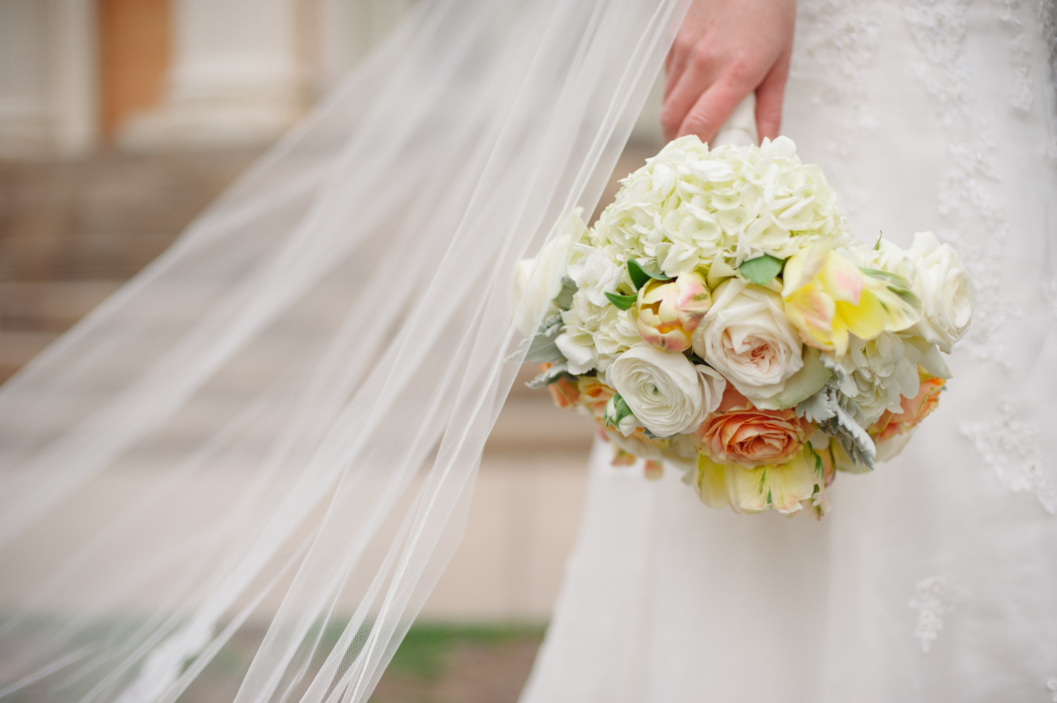 How Long Should Bridal Bouquet Stems Be : A passion for flowers